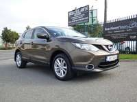 2014 Nissan QASHQAI 1.5 DSL SV CONNECT 5DR // REVERSE CAMERA, SAT NAV AND BLUETOOTH // LOW MILEAGE /