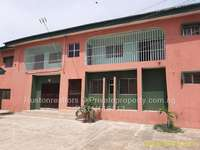 Block of 4 Flats of 3 Bedrooms With 2 Bedroom Bungalow