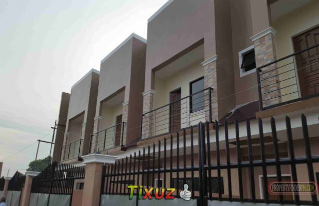 newly built 2br townhouse price is negotiable