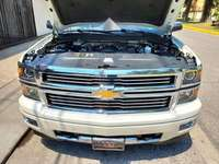 Chevrolet Cheyenne High Country 4x4 impecable