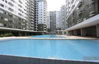 Fully furnished condo in Arca South. Long and shorth rental available. 4th floor with pool view.
