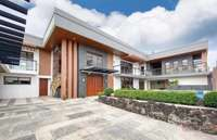 For Sale: 6 Bedroom Modern House and Lot in BF Homes, Parañaque