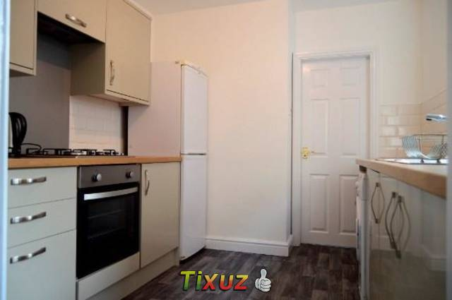 4 bedroom house share for rent in Liverpool Road, Newcastle Under Lyme, ST5